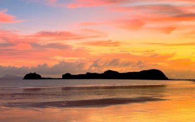 What lies beneath the islands of volcanic Mackay